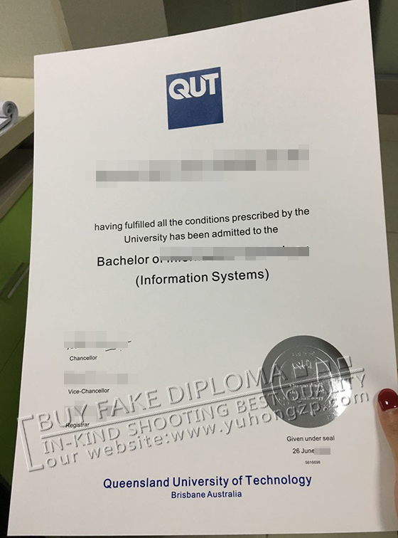 QUT fake degree